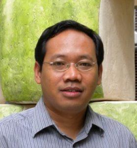 Dr Salut Muhidin